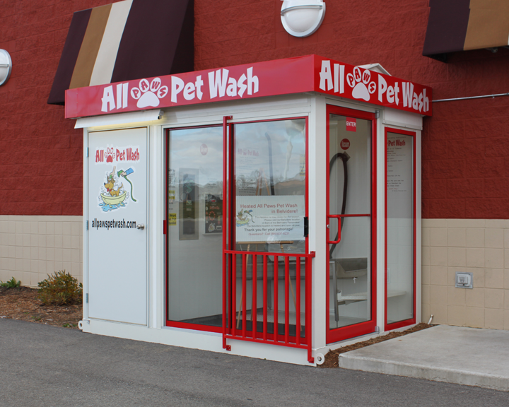 The latest the poplar grove illinois location boasts the current singular pet wash vending station design it is located adjacent to a grocery store solutioingenieria Gallery
